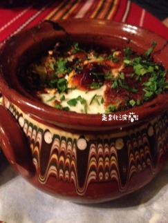 Kawarma po radomirski辣雞肉蔬菜燉鍋