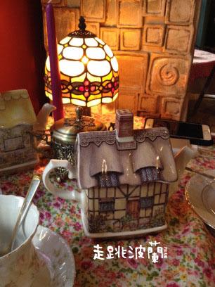小房子樣式的茶壺
